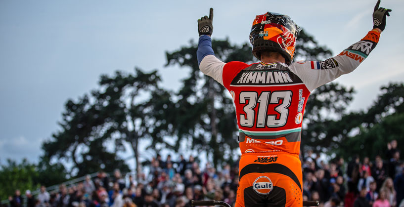 Niek Kimmann (NED) posted double wins in France
